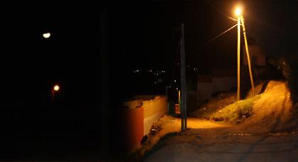 سكان البير الجديد ومحنة الكهرباء العمومية
