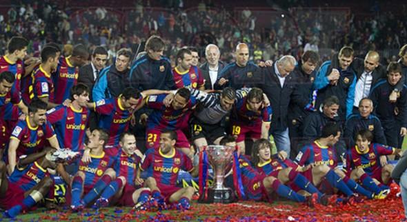 برشلونة يسحق يوفنتوس بثلاثبة
