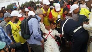 اصابة أحد فرسان سربة اولاد جرار بشظايا طلق ناري من بنذقيته بالبر الجديد