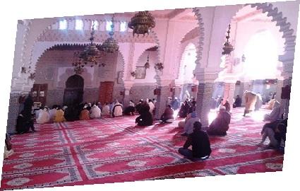 صلاة الاستسقاء بمختلف مساجد مدينة الجديدة