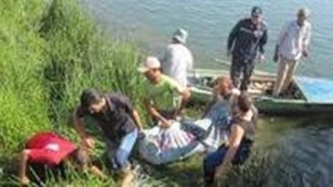 انتشال جثة سيدة و طفلها وانقاذ صبية كانت ترافقها