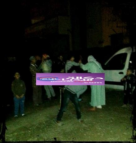 خطير و عاجل : شابان يسطوان باستعمال القوة على سيارة بمولاي عبد الله