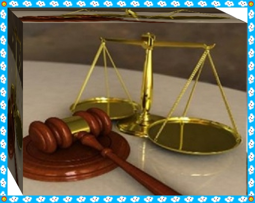 موقف قاضي نزل من الكرسي في اتجاه متهم حرك مشاعر مستعملي العالم الأزرق
