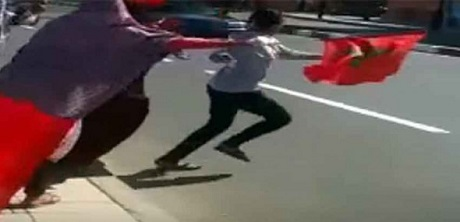 من زاوية أخرى تابعوا فيديو الفتاة التي صدمتها سيارة الموكب الملكي