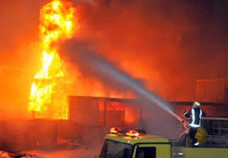 مشهد خطير :عائلة تحترق (انظروا الفيديو) =نشره على س 4و45د=
