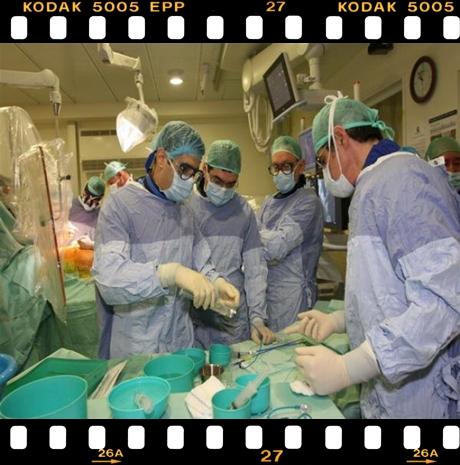 نادر جدا:سيدة تعود إلى الحياة بعد أن فارقتها وسط ذهول الطاقم الطبي و العائلة