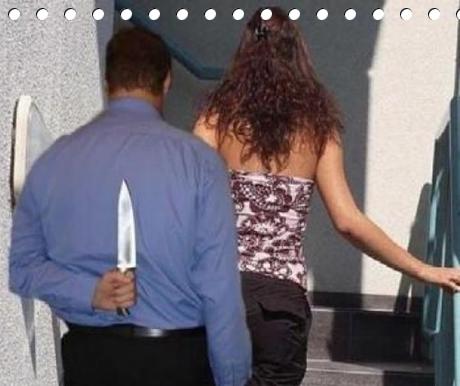 عاجل:استعمل آلة حادة لقتل زوجته و حاول الانتحار