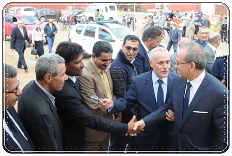 """عامل اقليم سيدي بنور يدشن مدرسة """"البيروني"""" على ايقاع احتفال الشعب المغربي بذكرى المسيرة الخضراء"""