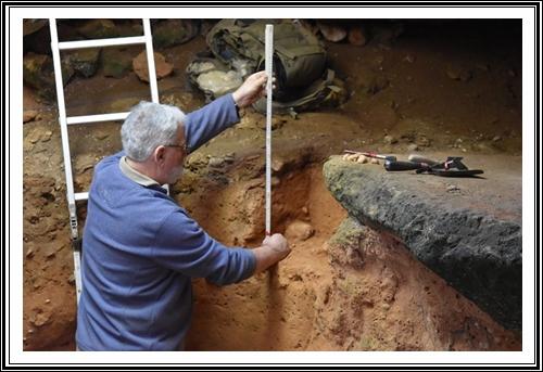 Après 83 ans, les grottes préhistoriques d'El-khenzira (Communne My Abdallah) livrent de nouveaux secrets. Ou l'Homme préhistorique marocain qui a traversé le Détroit de Gibraltar
