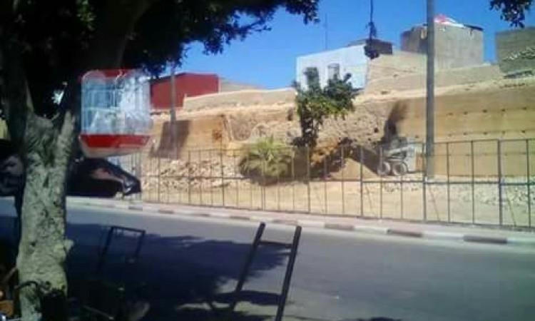 عاجل:هذا ما وقع لسور الحي البرتغالي بأزمور زوال اليوم الأحد