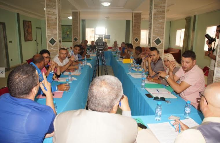 تيزنيت تحتضن أول اجتماع للمكتب التنفيذي للجمعية المغربية لمهني وأرباب سيارات الإسعاف ونقل الأموات