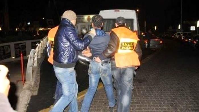 الجديدة:مجرم بيد مسلحة يحدث فوضى في الشارع العام