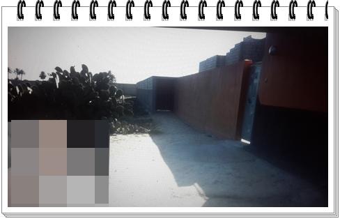 فضيحة بشتوكة: سور عشوائي يمر على قناة الماء الصالح للشرب ويقطع الطريق على الساكنة