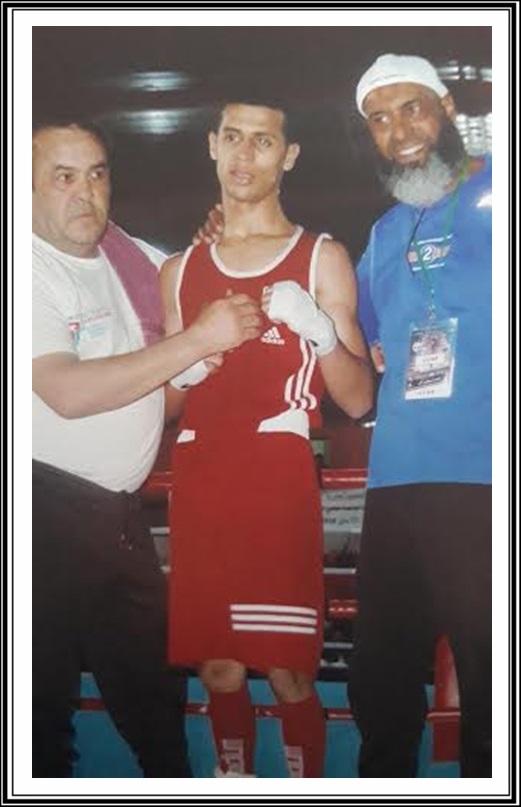 ملاكمة:عماد عزوي من نادي الرجاء الجديدي للملاكمة يتوج بطلا للمغرب في فئة الشبان 49 كلغ