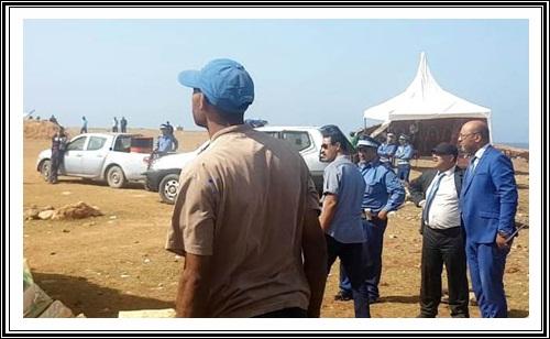 بالصور السلطات الأمنية و الجمركية و القضائية في عملية احراق مواد محضورة